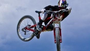 ТОП-9 лучших велосипедных фильмов о MTB