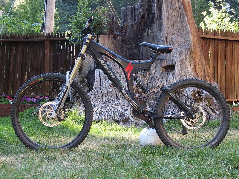 Улучшенная версия велосипеда даунхил фрирайд