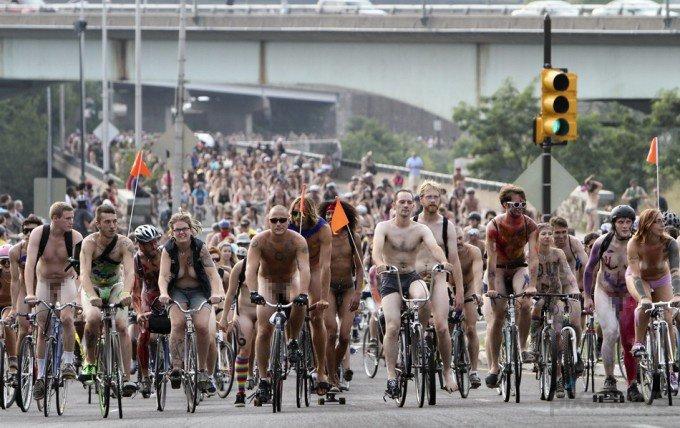 Всемирный Голый Велопробег (6)