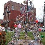 Велосипедная конструкция в городе Bacon
