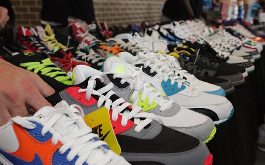 выбор кроссовок