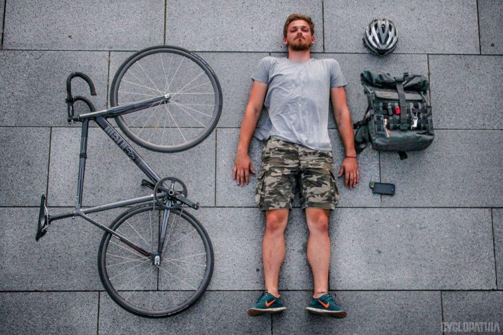 трековые велосипеды на улицах города